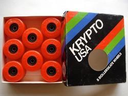 Des Kryptos Kryptos dans leur boite d'origine